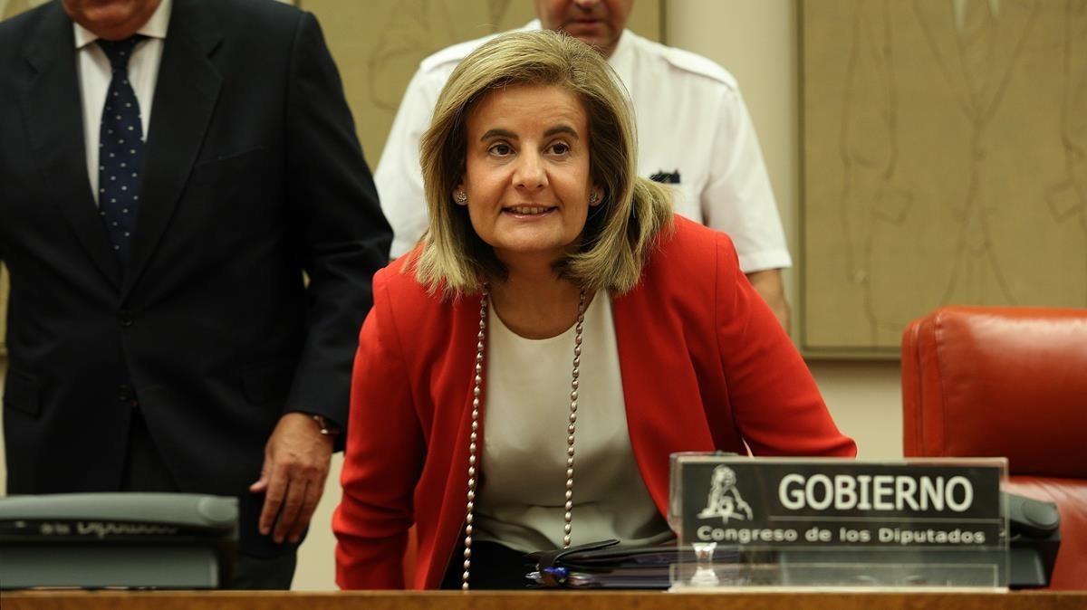 Fátima Báñez, ministra de Empleo, en el Congreso de los Diputados.