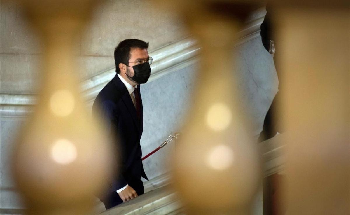 Pere Aragonès, a su llegada al Parlament para el debate de investidura.