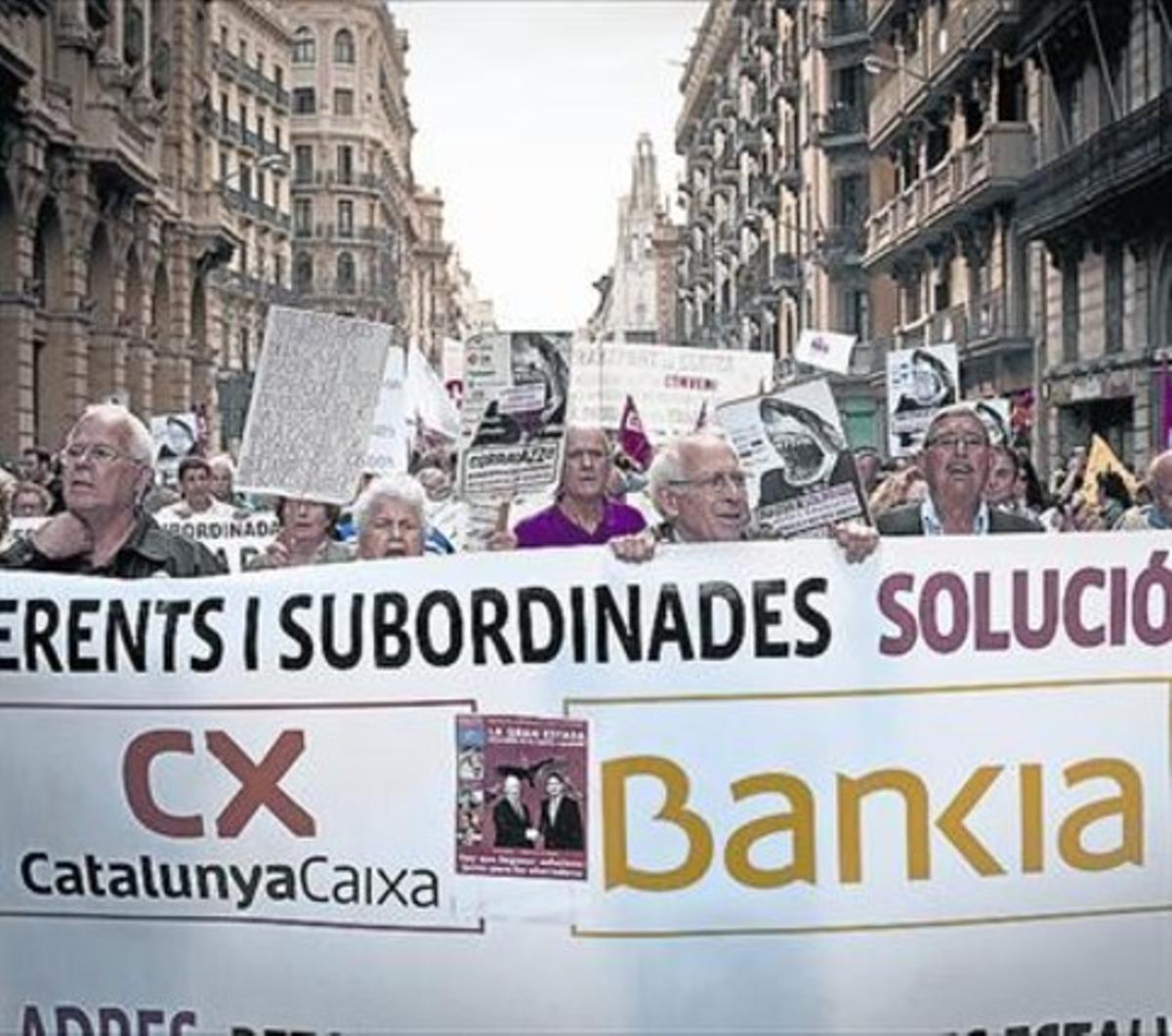 Manifestación de afectados por preferentes en Barcelona.