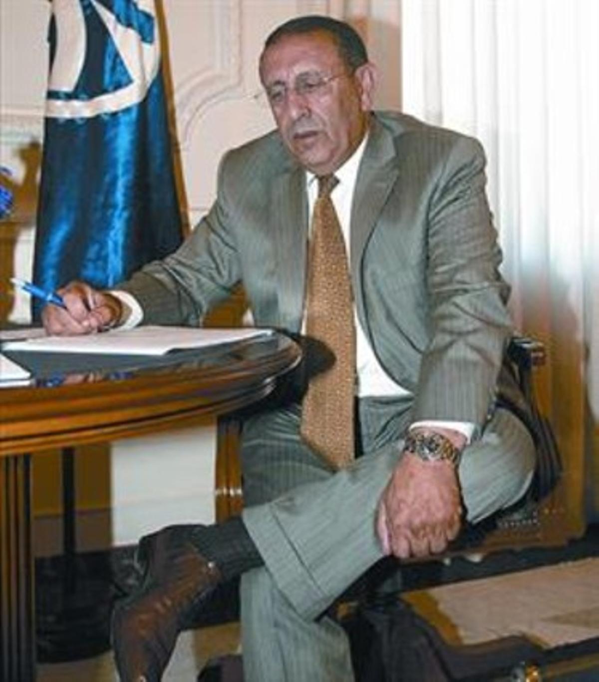 Youssef Amrani, en su despacho de la UpM en Barcelona, ayer.