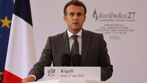 El presidente francés, Emmanuel Macron, durante el discurso que ha ofrecido este jueves en el Memorial del Genocidio en Kigali.