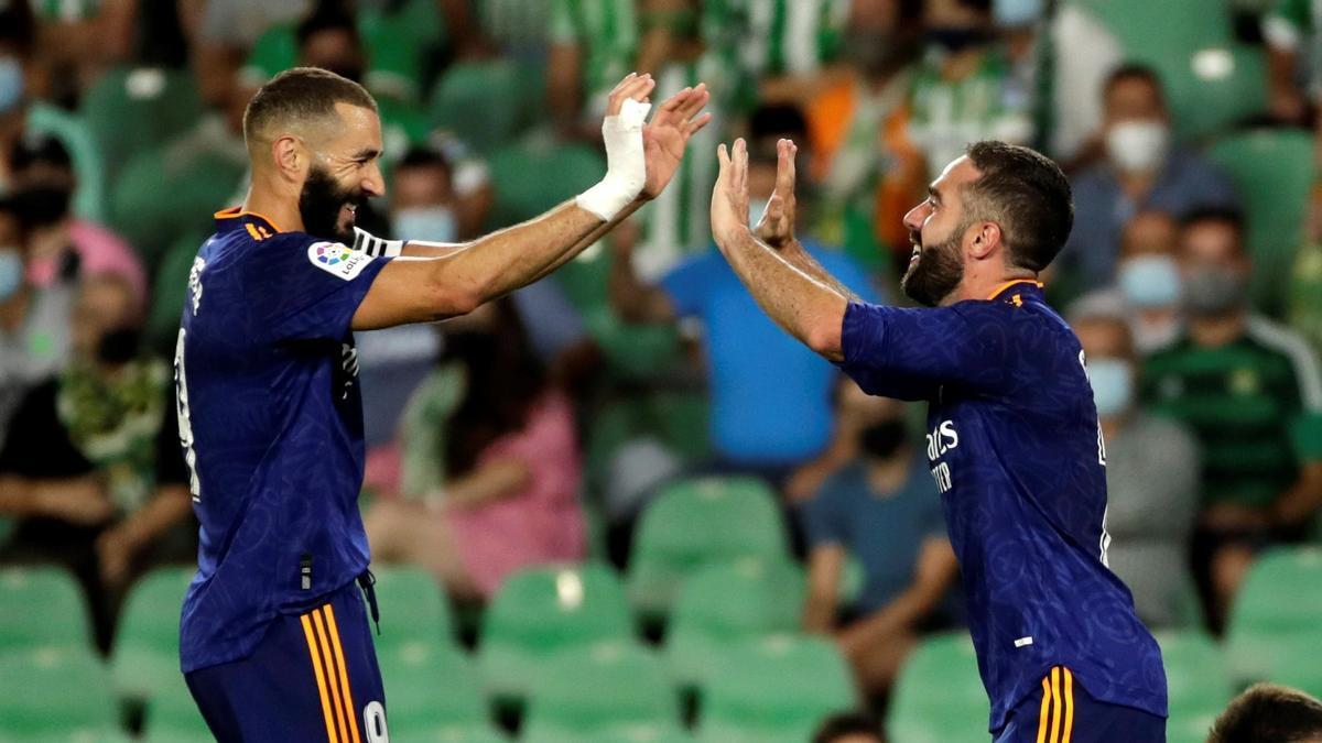 Carvajal celebra el gol que ha marcado al Betis