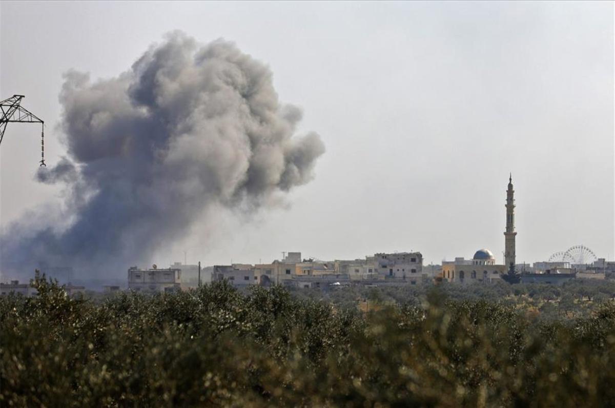 Bombardeos enen la provincia de Idlib, Siria.