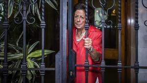 Rita Barberá, en septiembre del 2016, a la salida de su domicilio en València.