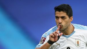 Suárez festeja su gol a Colombia.