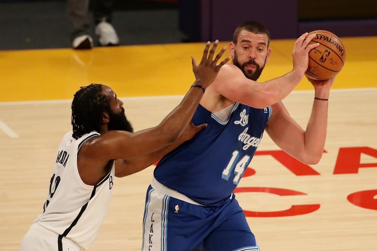 Els Nets presenten credencials passant per sobre dels Lakers