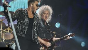 Queen, con Adam Lambert como vocalista, y Brian May, en mayo del 2016 en Barcelona.