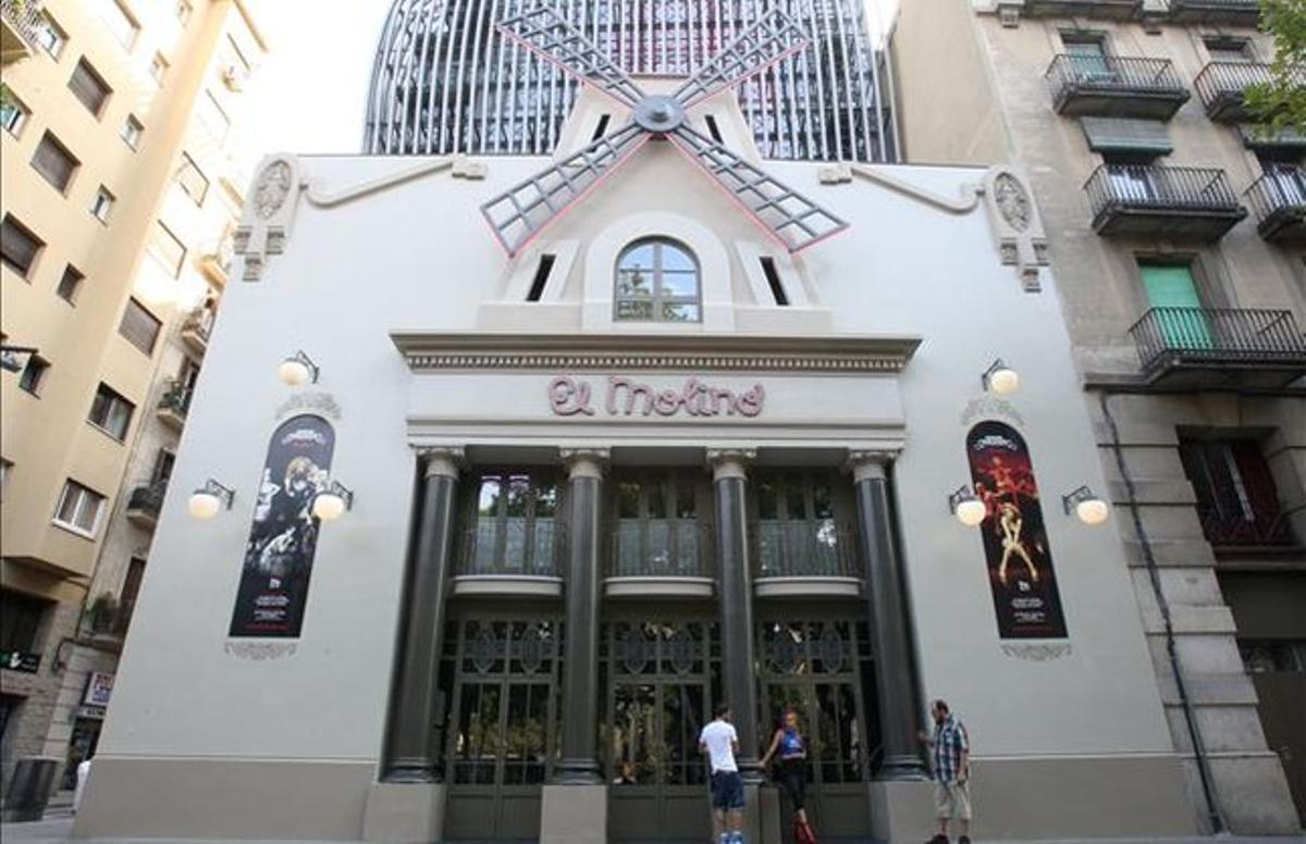 La fachada de El Molino, en la avenida del Paral.lel.