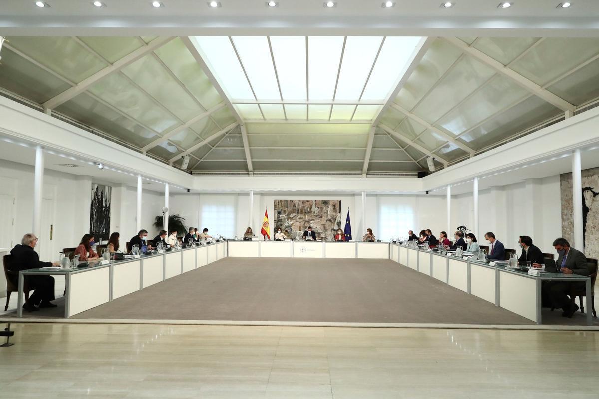Pedro Sánchez preside la reunión del Consejo de Ministros del pasado 1 de junio en la Moncloa.