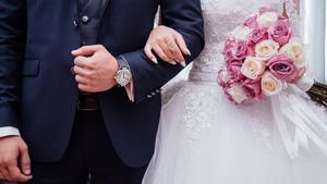 La queja de una fotógrafa: así destrozan los smartphones los recuerdos de los novios en las bodas