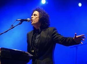 Andrés Calamaro en un concierto que llevo a cabo en Barcelona.