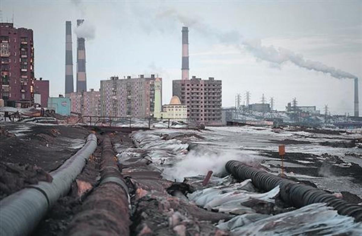 Contaminación 8Imagen de la ciudad de Norilsk, donde se calcula que se produce el 1% de las emisiones mundiales de óxido de sulfuro.