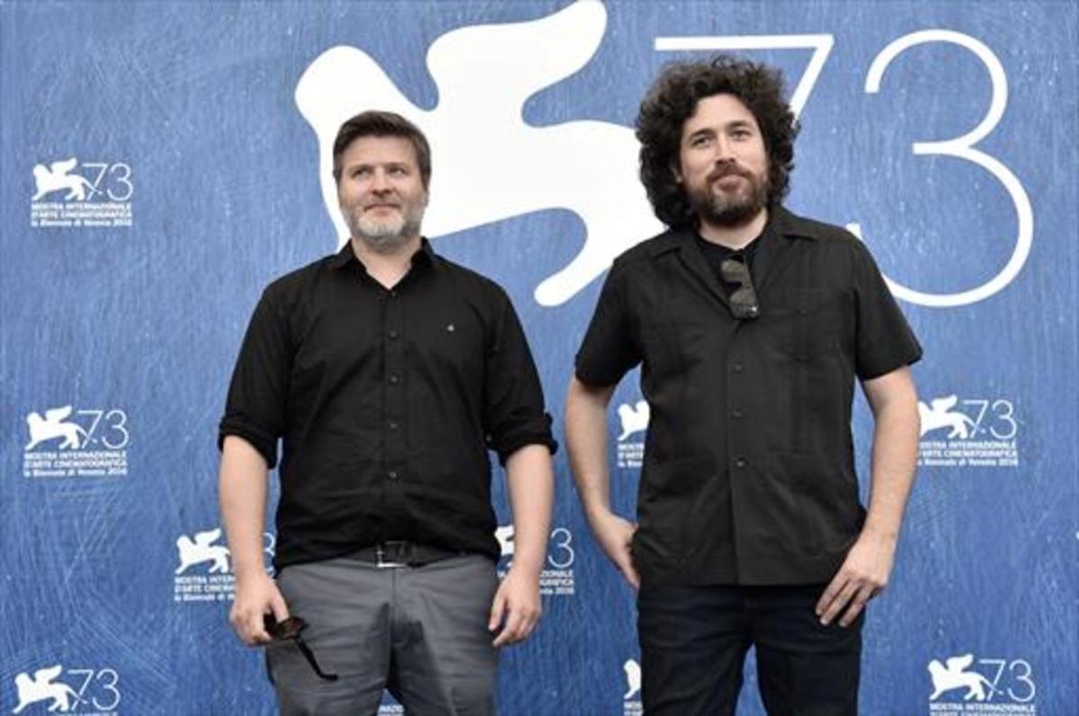 Mariano Cohn (derecha) y Gastón Duprat, en el Festival de Venecia.