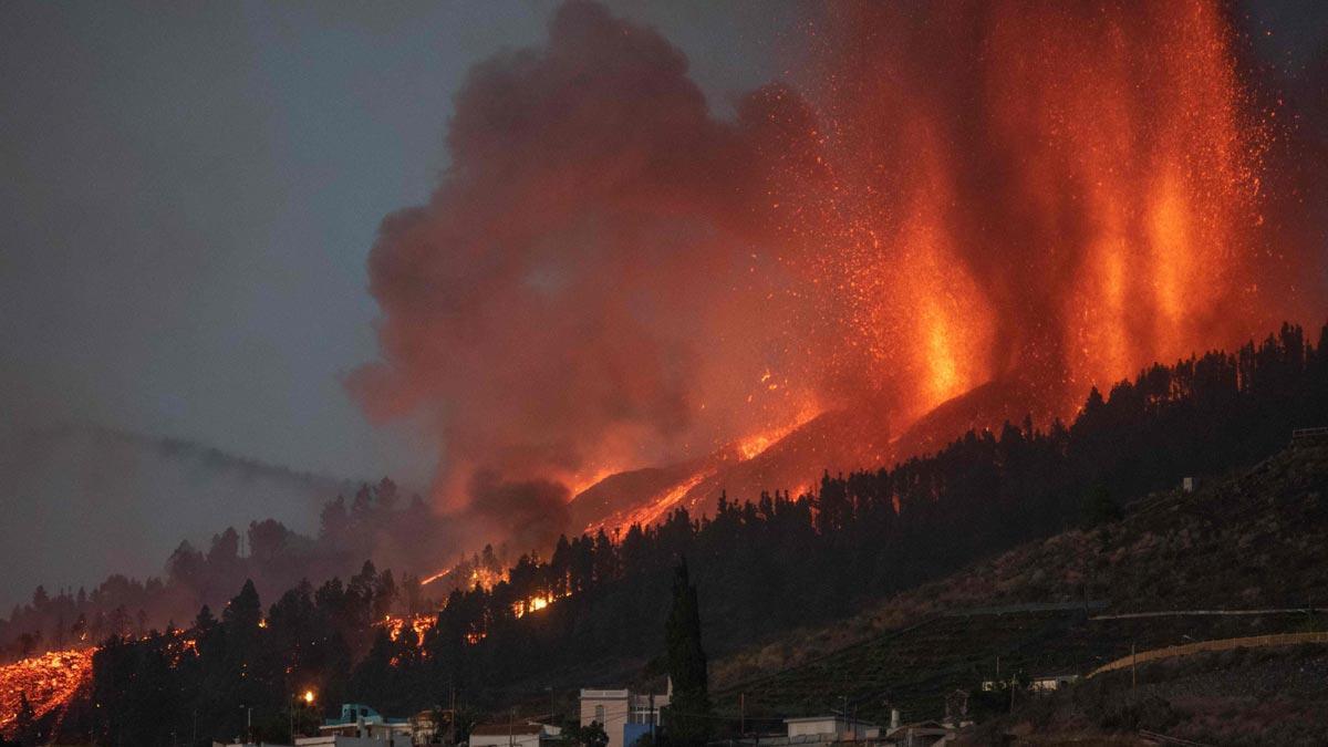 Espectaculares imágenes de la erupción del volcán de La Palma.