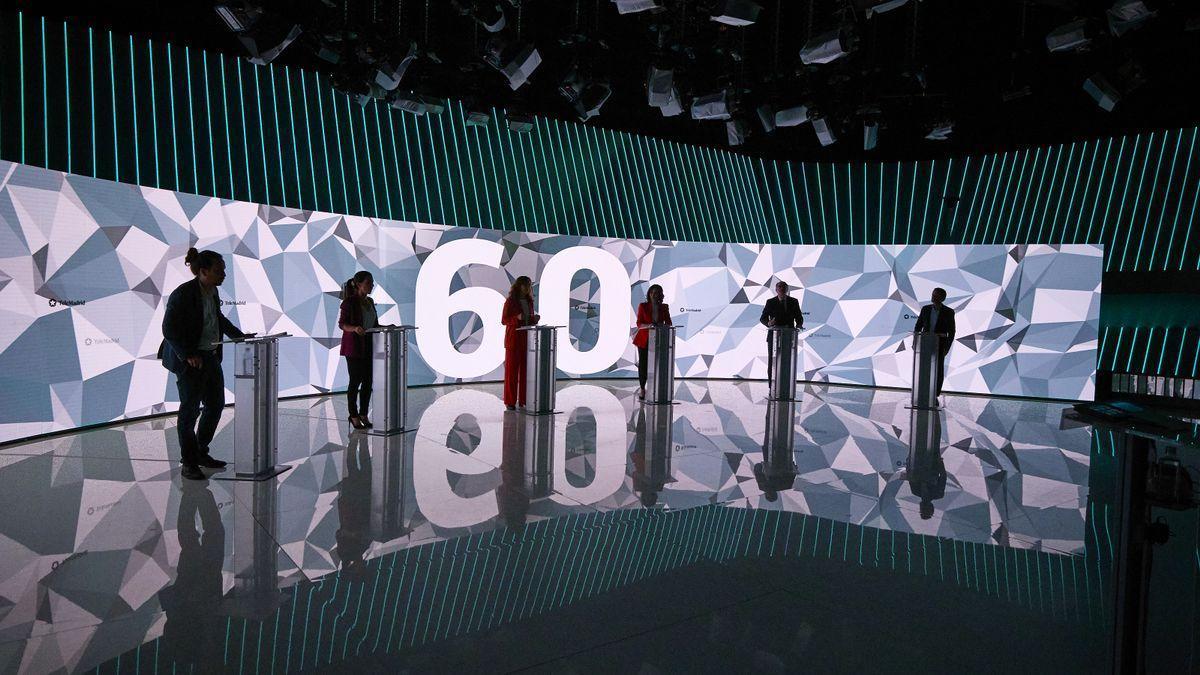 Un instante del debate entre los candidatos en las elecciones madrileñas en Telemadrid, este 21 de abril.