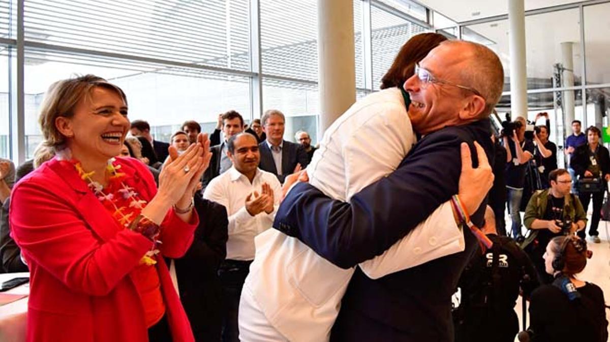 El pleno del Bundestag (Cámara baja) aprobó la legalización del matrimonio homosexual en Alemania, con el voto en contra de Merkel.