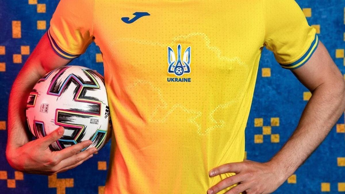 La camiseta de Ucrania para la Eurocopa causa indignación en Rusia
