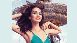 L'Oréal Paris te propone una selección de productos para llevar en tu maleta de vacaciones.