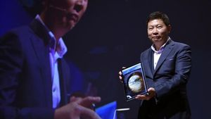 Richard Yu, de la compañia china Huawei, en la presentación del Matebook en el Mobile World Congress.