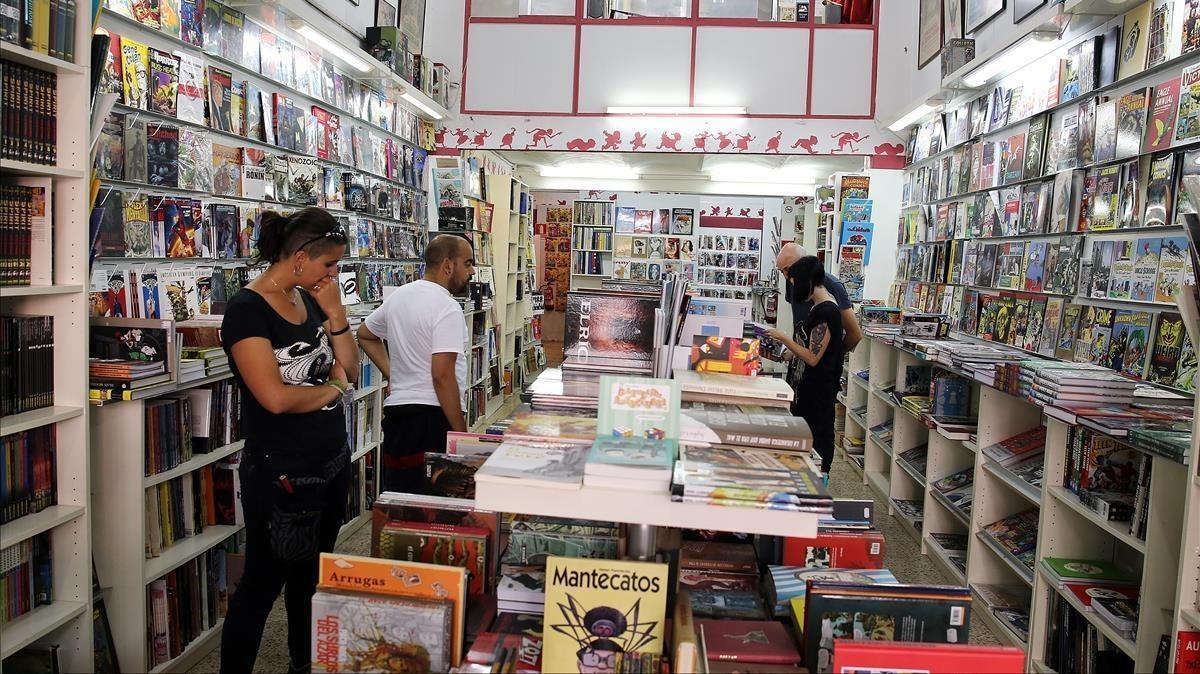 Interior de la librería Freaks de Barcelona.