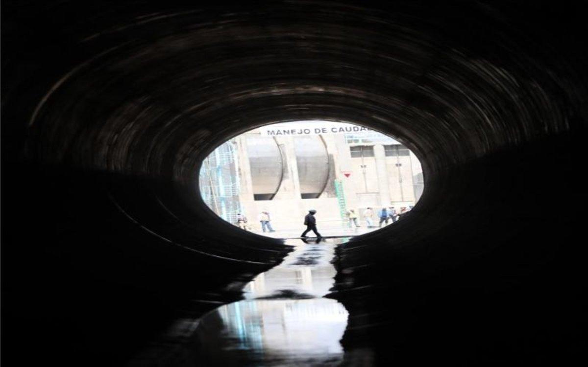 La entrada a uno de los túneles deldrenaje más grande del mundo en México.