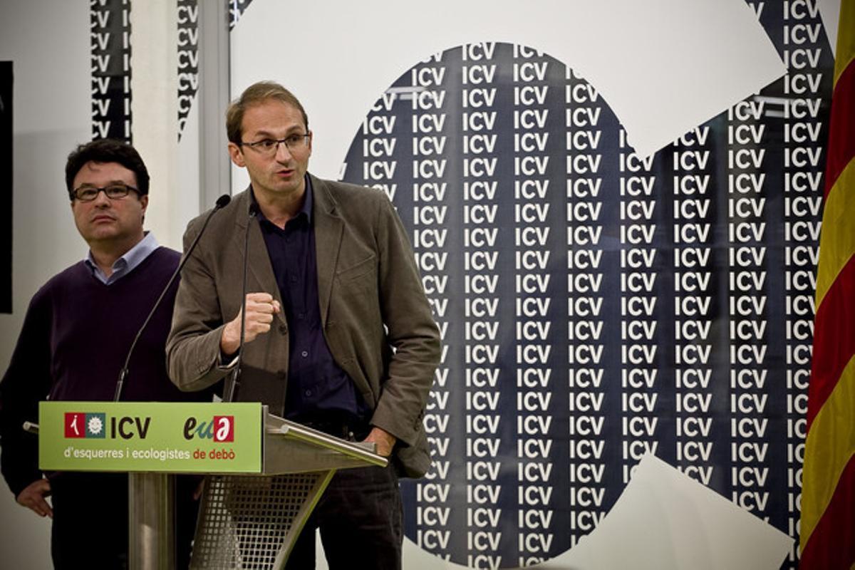 Herrera y Nuet, en la sede de ICV-EUiA, el pasado noviembre. JOAN CORTADELLAS