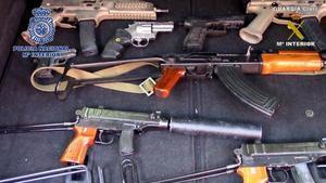 Trobat un arsenal d'armes de guerra per a la màfia a Màlaga