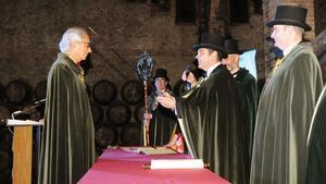 El doctor Bonaventura Clotet, en el acto de investidura como Confrare del Cava.