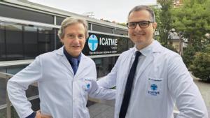 Los doctores Manuel Ribas y Carlomagno Cardenas, de la Unidad de Cadera del ICATME