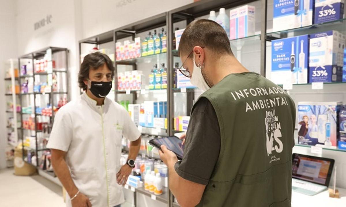 Gavà inicia la recogida puerta a puerta en los establecimientos comerciales