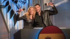 Paula Vázquez y Saúl Craviotto, en una imagen de 'Ultimate beastmaster'.