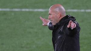 Els dubtes de Zidane entre la Lliga i la Champions