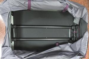 Maleta en la que fueron encontrados 8 kilos de heroína en el aeropuerto de El Prat.