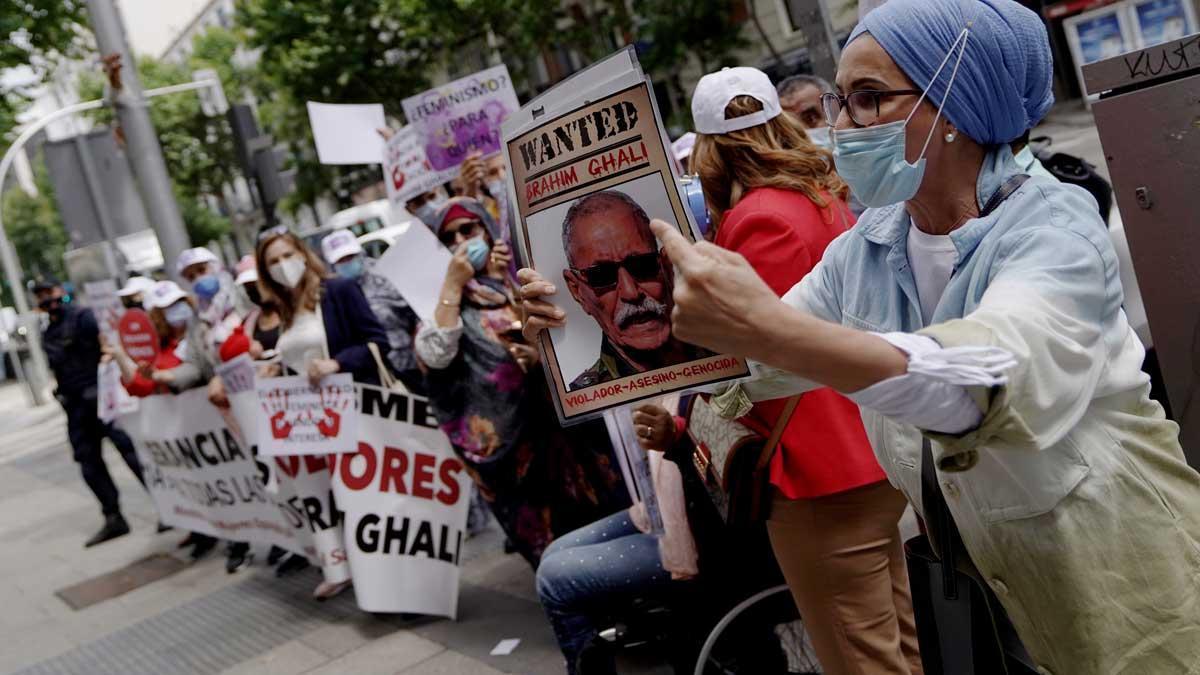 Concentración en contra del líder del Frente Polisario, Brahim Ghali, en la Audiencia Nacional.