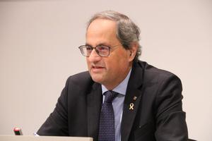 Torra passa de la Constitució espanyola i promet una de catalana