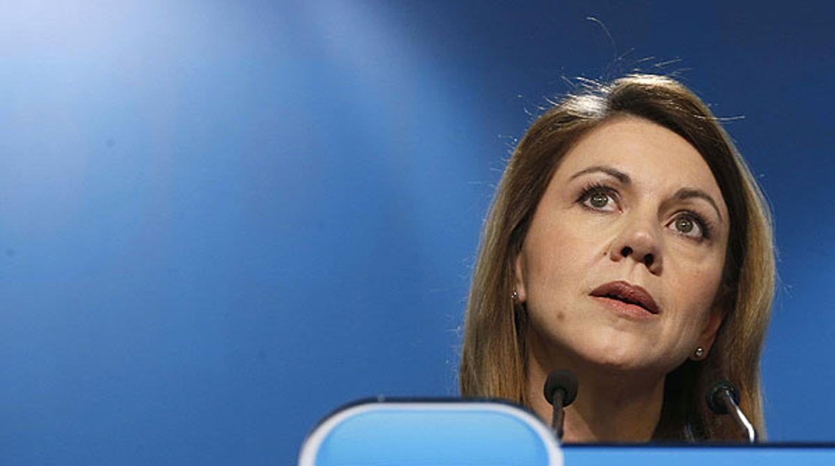 Cospedal insiste, en febrero del 2013, en que Bárcenas dejó de trabajar para el PP en abril de 2010.