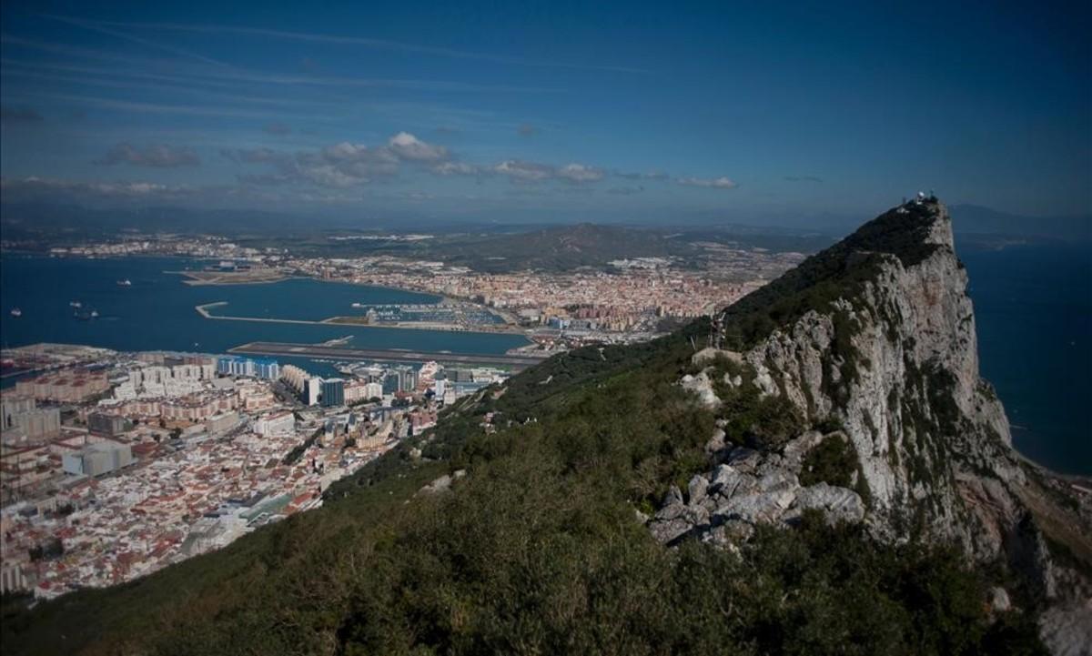 Mor un home en una persecució policial en aigües de Gibraltar