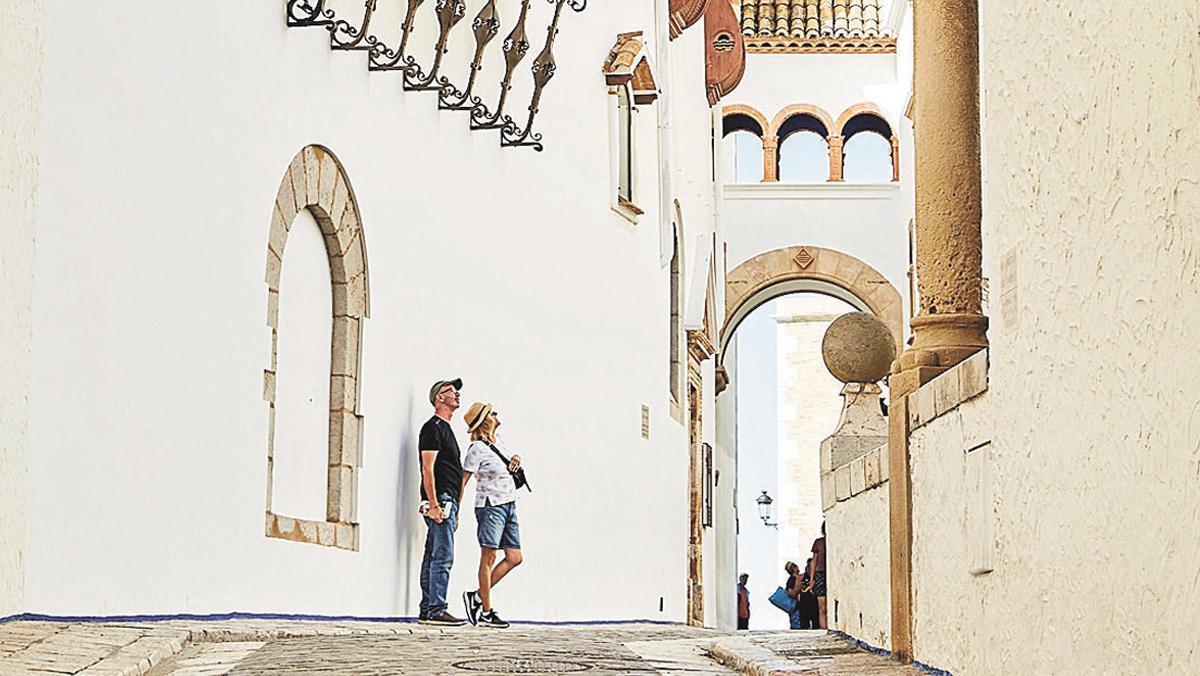 Sitges, cultura y mar