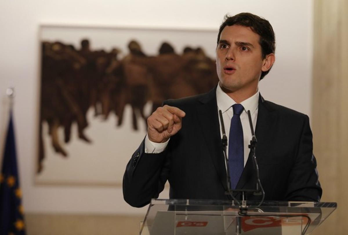 Rueda de prensa de Albert Rivera tras firmar el acuerdo de Gobierno con Pedro Sánchez.