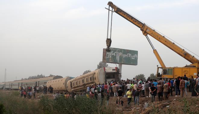 Al menos 11 muertos en el accidente ferroviario en el norte de Egipto