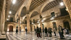 El Saló de Contractacions de la Llotja de Mar es la joya gótica del edificio del Pla de Palau.