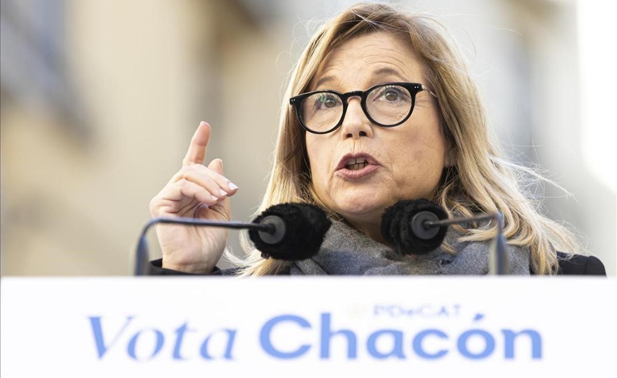 La número dos del PDeCAT por Barcelona, Joana Ortega, en un acto del partido en Manresa.