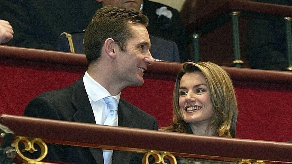 Letizia Ortiz e Iñaki Urdangarin durante el XXV Aniversario de la Constitución, en diciembre del 2003.