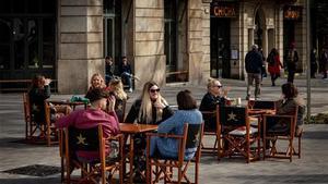 Terraza de un bar en el centro de Barcelona, en enero del 2020.