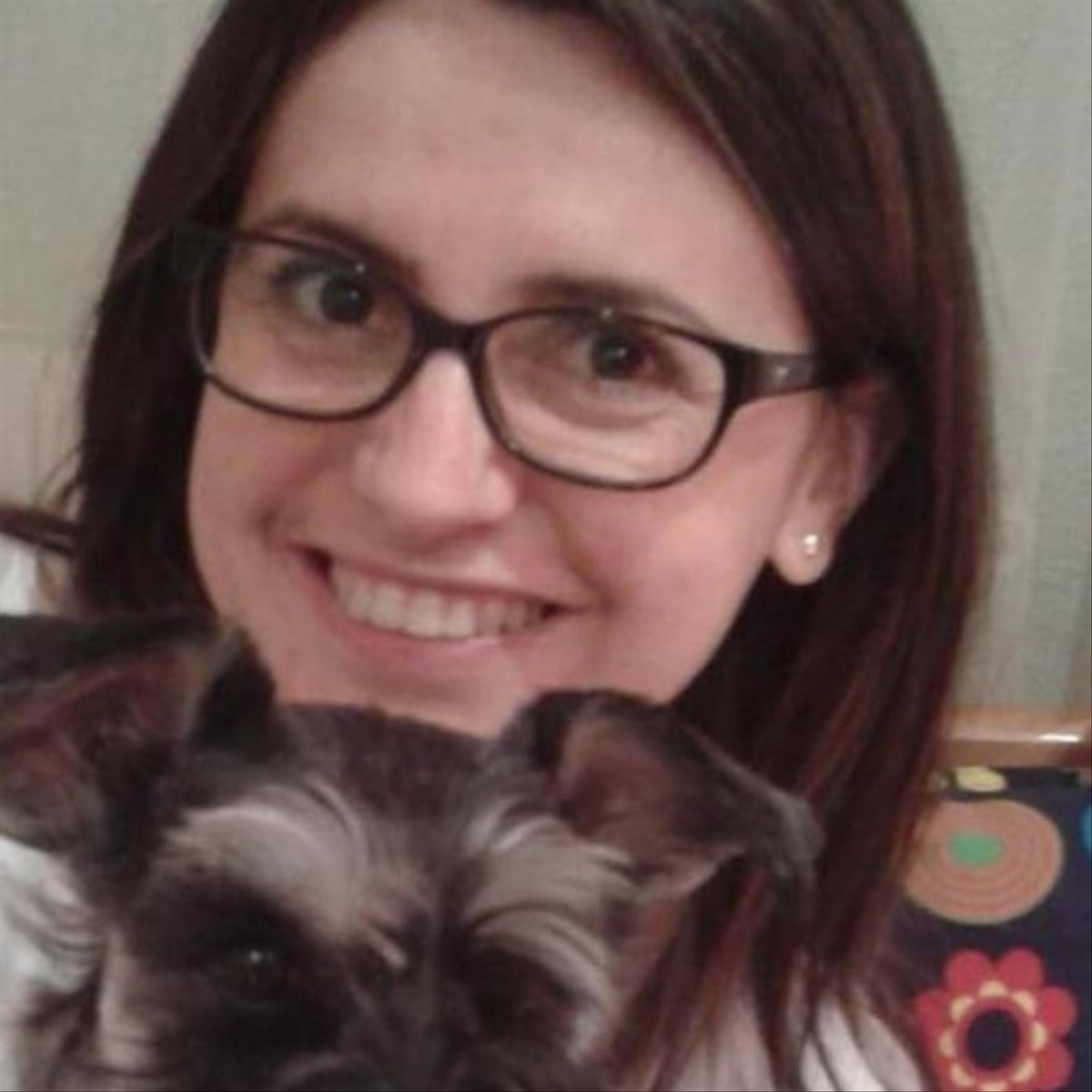 La mujer, de 45 años y funcionaria del juzgado, fue atacada mientras paseaba a su perro.