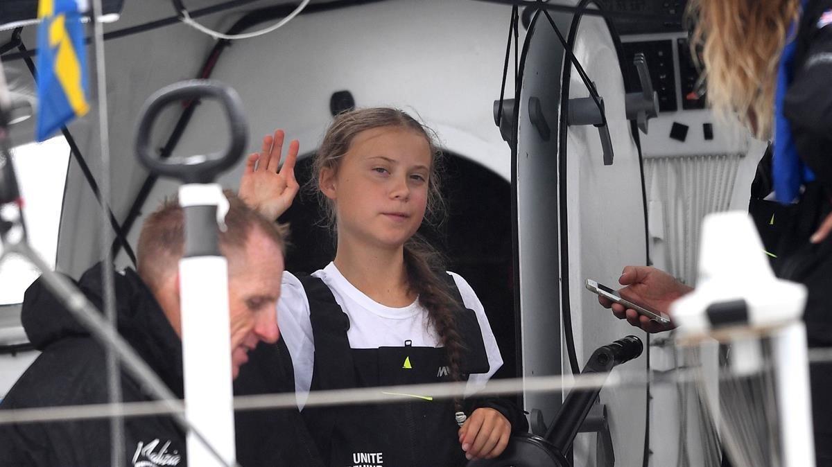 La joven activista Greta Thunberg en el despegue de su viaje transatlántico a principios de agosto de este año