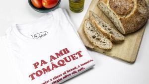 Camiseta de Pit i Collons dedicada al pan con tomate.