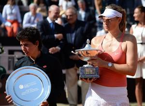 Maria Sharapova tras ganar a Carla Suárez en la final en el torneo Foro Italico en Roma.
