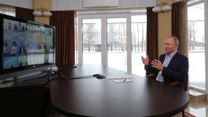 Conferencia virtual que ha tenido hoy el presidente Putin con estudiantes de su país.