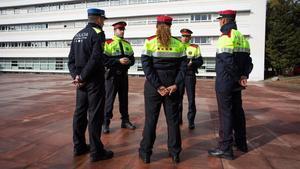 Alumnos e instructores, en el Institut de Seguretat Publica en Mollet del Vallès.